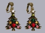 Wonderful Christmas tree dangle earrings