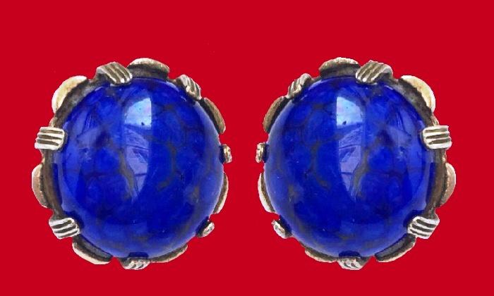 1.7 cm clips, vintage. Sterling silver, art glass, lapis lazuli