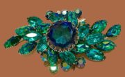 1950s Rhinestone Molded Glass Brooch