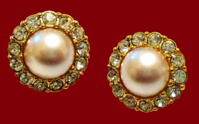 1980s clips. Jewellery alloy, rhinestones, faux pearl