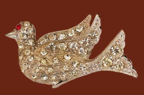 Bird brooch. 1940s. Rhinestones, silver toned metal