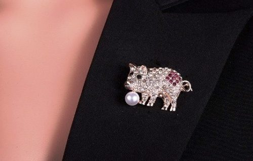 Costume decoration - pig with a pearl, brooch