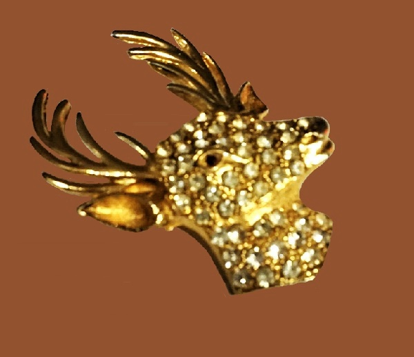 Deer brooch. Gold tone metal, rhinestones