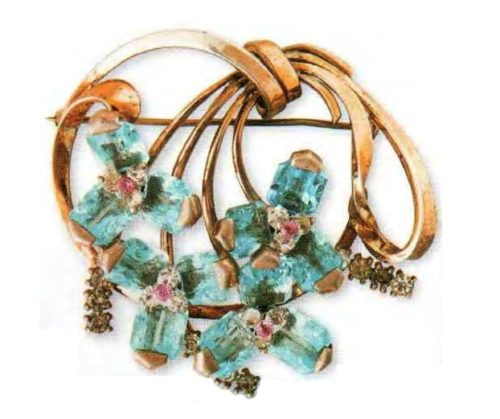 Gold plated silver brooch, aquamarine and small pink rhinestone. Mid 1940s. 6 cm. £ 200-250 CRIS