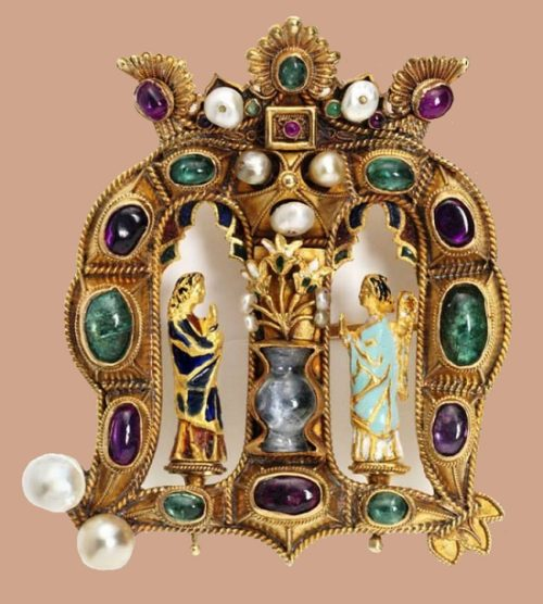 Gorgeous Castellani gold brooch on the motives of Christian iconograph. Precious stones, pearls