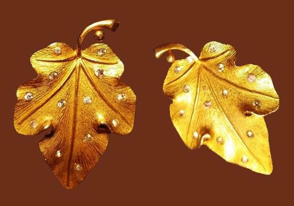 Leaf Rhinestone Gold Tone Clip-on Earrings