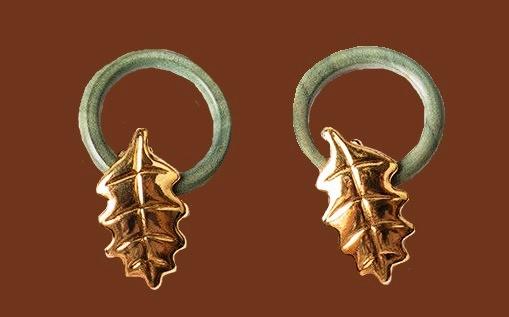 Oak leaf clip