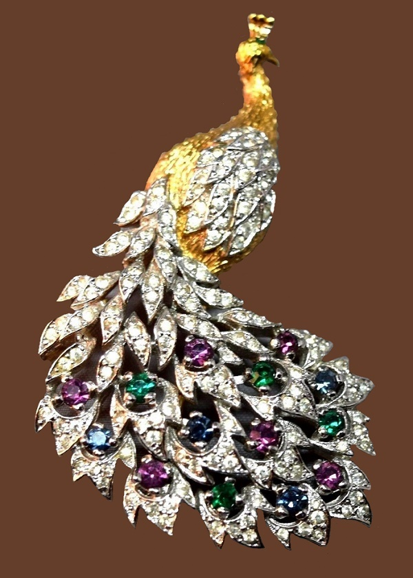 Peacock Brooch Embedded with Rhinestones Pin