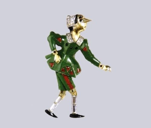 Pinocchio brooch. Enamel, Rhodium and gold plated metal. Oreste Pennino, New York, 1939. 6x4cm