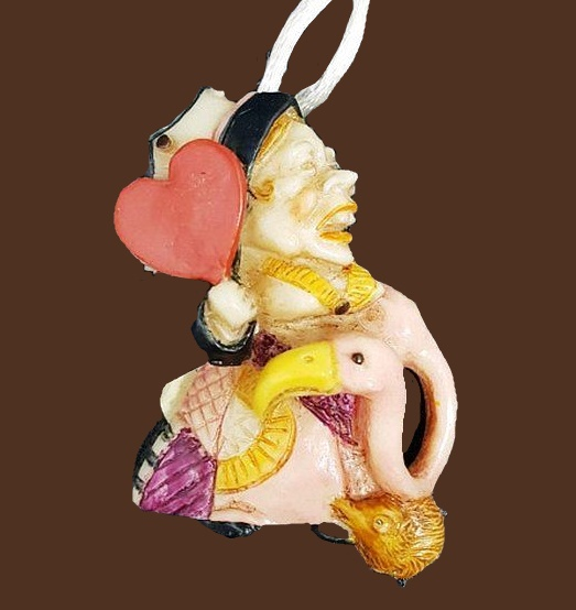 Queen of Hearts Pendant from the collection 'Alice in Wonderland'