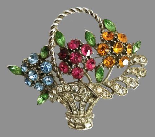 Chicago based ORA vintage costume jewellery