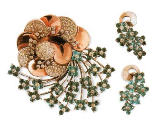 Rare set - Brooch and earrings. Gilded silver, transparent rhinestone. 1940. brooch 7 cm, earrings 3.5 cm £ 250-350 SUM