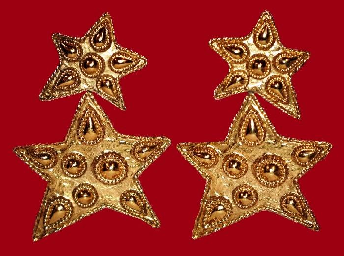 Star gold tone dangle earrings
