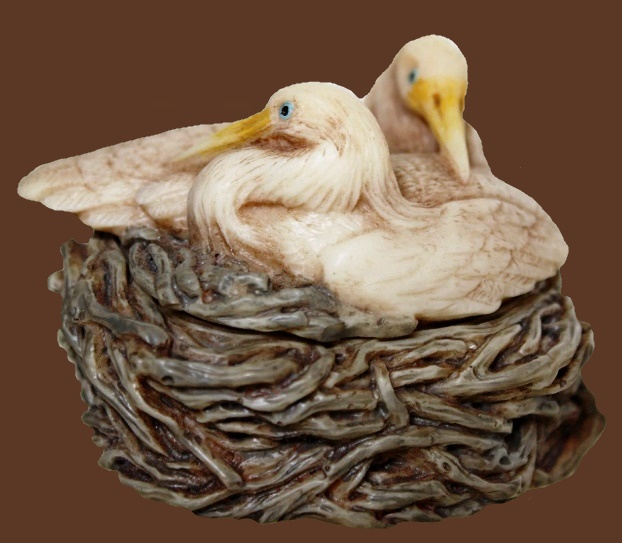 Storks A vintage casket from the collection of Living Nature. Resin, hand-painted, varnished. 1988