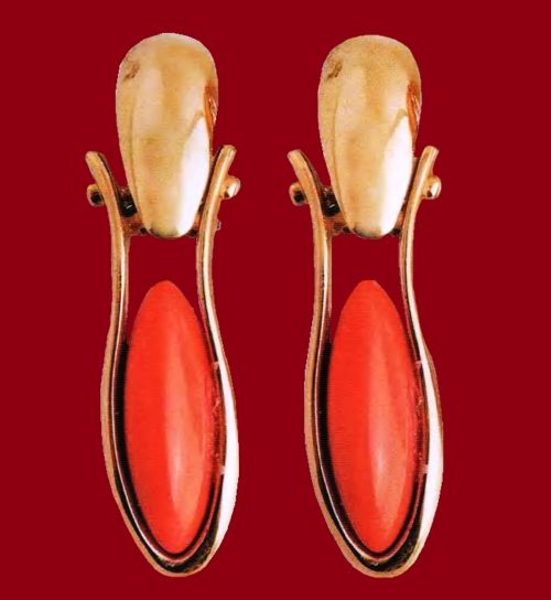 The 1980s earrings. Polished metal of gold tone, artificial coral. 5.75 cm £ 15-20 MILLB