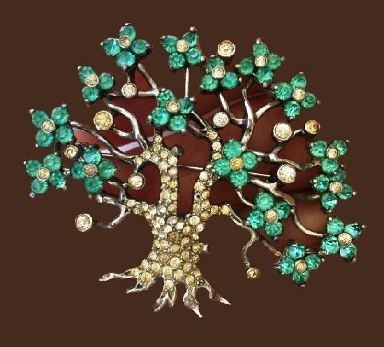 Pennino vintage costume jewellery
