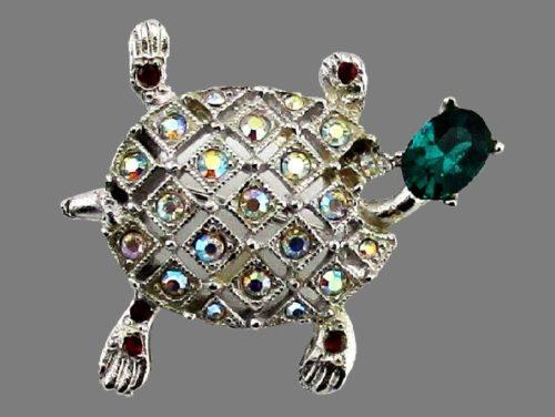 Turtle Brooch. 1960s