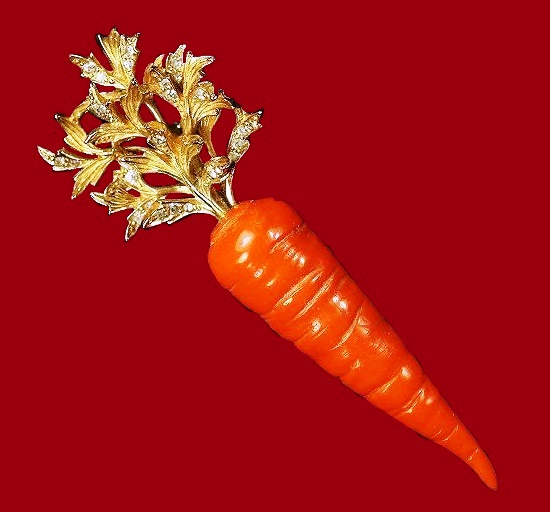 Nettie Rosenstein costume jewellery. Victory Garden Carrot Pin, c. 1940s