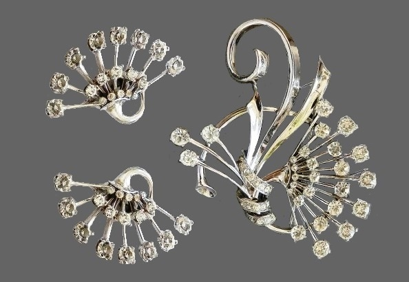 Vintage jewelry set brooch and clips, early-mid 40s, marked Pennino Sterling, sterling silver, crystals