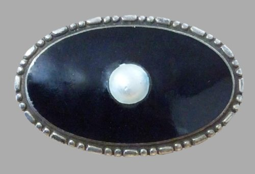 1920 Sterling silver, enamel and pearl brooch
