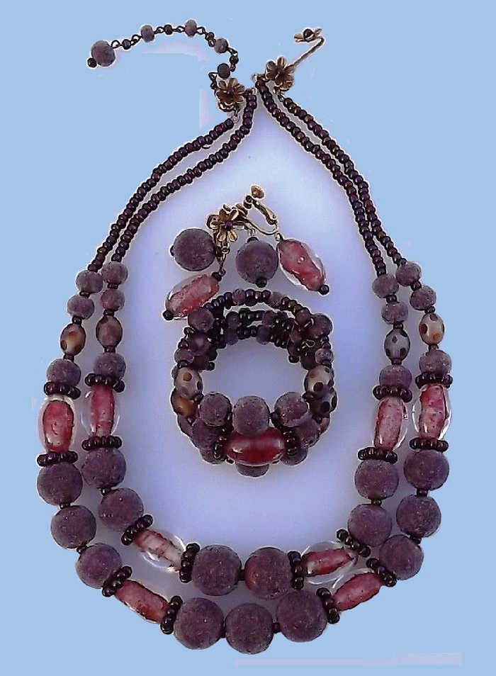 1940s DeMario Art Glass, Bead Necklace and Bracelet and Earrings Set. Coralene Garnet Venetian