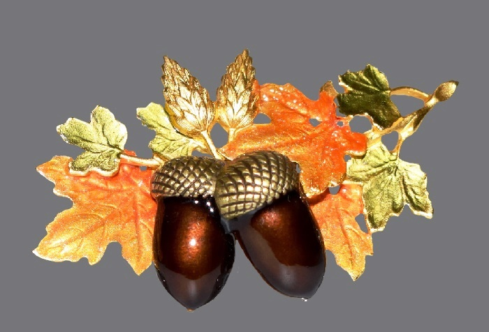 Acorn brooch. Jewelry alloy, enamel