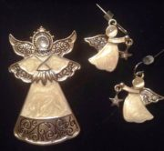 Angel Brooch and stud earrings. Gold tone metal, rhinestones