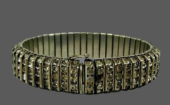 Art Deco rhinestone crystal bracelet. 1930s