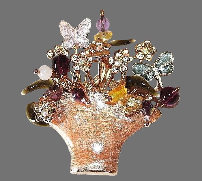 Basket with flowers and butterfly brooch. Enamel, gold tone