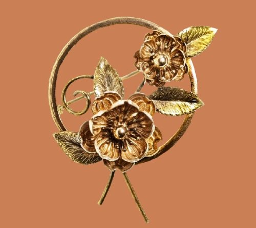 Camellia. Antique brooch. Gilding 14 carat jewelry alloy. 5.3 cm