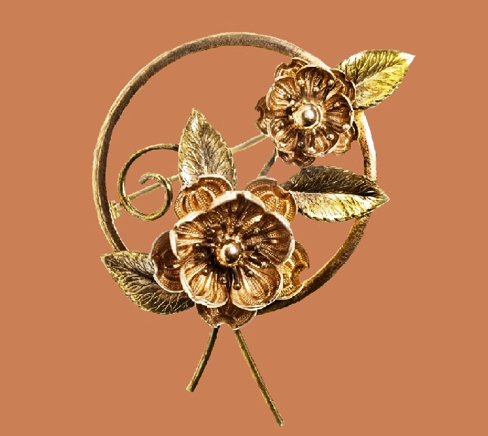 Camellia. Antique brooch. Gilding 14 carat jewelry alloy. 5.3 cm