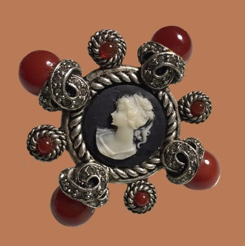 Cameo vintage brooch. Sterling silver, cabochons, rhinestones. 1980