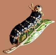 Caterpillar Vintage Brooch. Golden alloy, covered with enamel. 4 cm