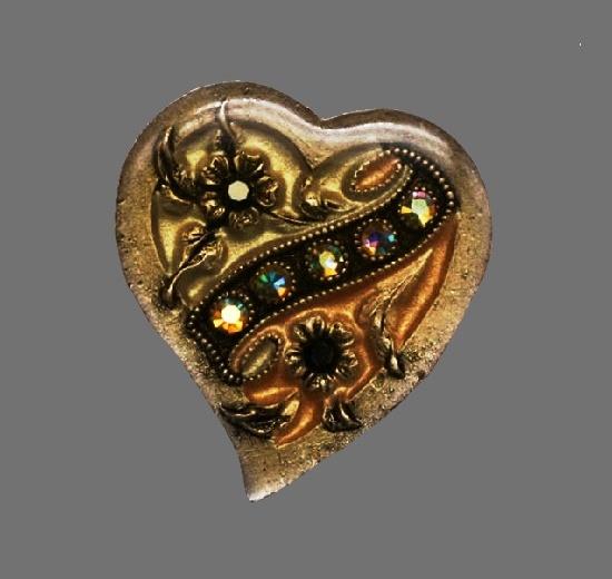 heart brooch. Metal alloy, enamel, rhinestones. 3 cm. 1980s