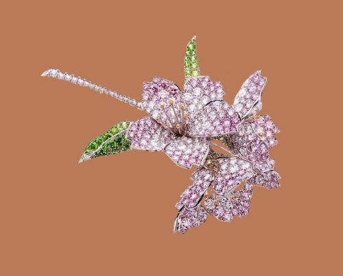 Cherry blossoms. Gold, diamonds, demantoids, sapphires