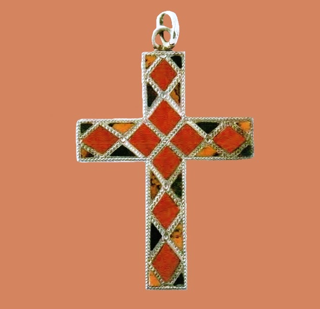 Cross brooch. Silver, inlaid with red and black agate. 1870. 6.25 cm £ 350-550 LYNH