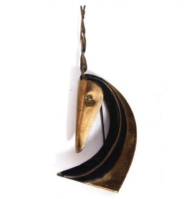 Curved antilope brooch, designer Francisco Rebajes. 9 cm. 1940s