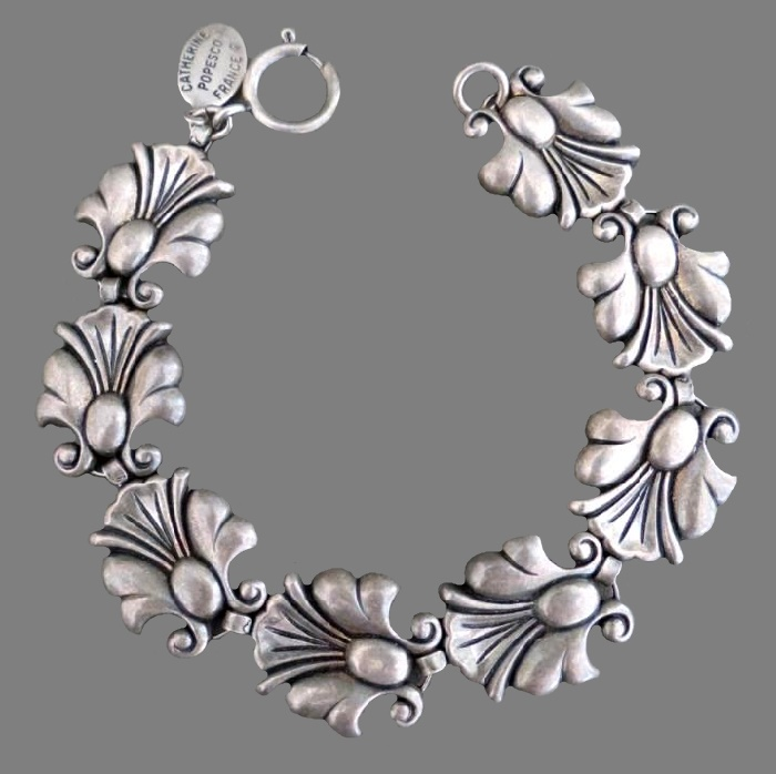 Floral design metal bracelet, vintage