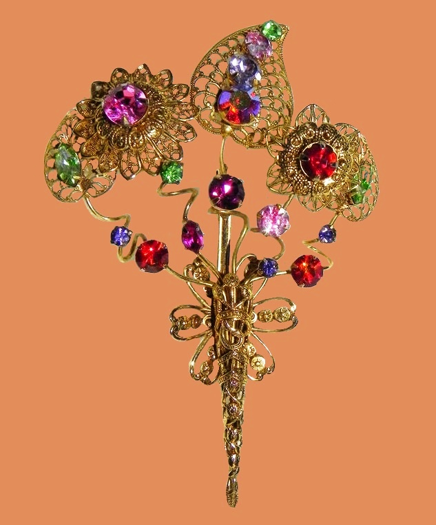Flower bouquet brooch. Jewellery alloy, crystals