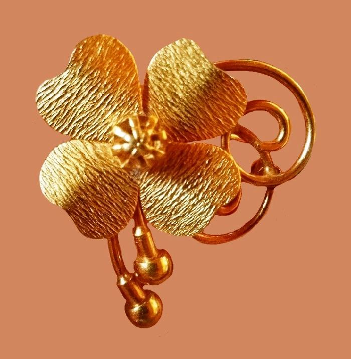 Four leaf clover brooch, 14 K gold