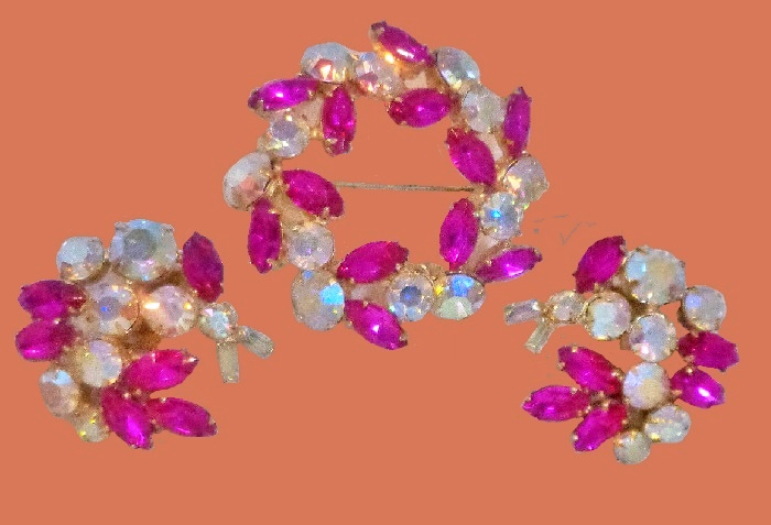 Fuchsia Rhinestone Goldtone Brooch and earrings