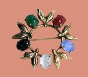 Genuine gemstone scarab pin with decorative leaves. 12 K gold, 1950s