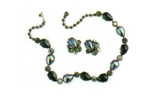 Gold plated necklace and earrings. Cabochon aurora borealis, artificial emeralds. 1950s Circumference 44 cm. Earrings 2.5 cm. £ 150-180 CRIS