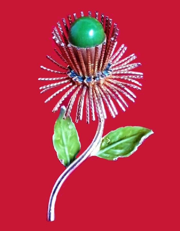 Gorgeous Flower brooch, Green Gold Tone Enamel Leaf