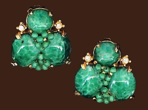 Green Glass and rhinestones gold tone metal earrings