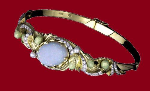 Hazelnut bracelet