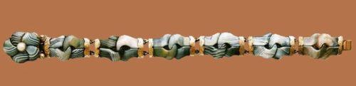 Marble blue agate bracelet. Metal, gilding, imitation pearls, 1880s. 24 cm. £ 300-400 CRIS