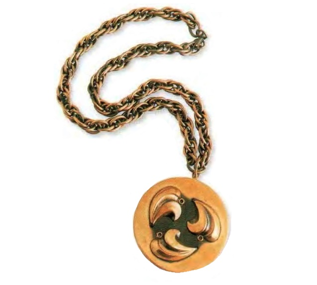 Necklace with pendant. copper chain. 1950. 48 cm, pendant 5.75 cm £ 15-20 BB