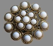 Paradise Gold plated brooch with white bead accents