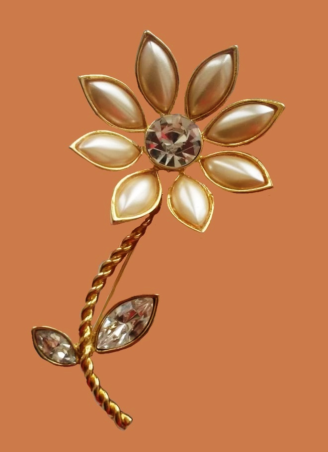 Pearl flower. Jewelry alloy, Swarovski crystals, cabochons, faux pearl. 7.8 cm